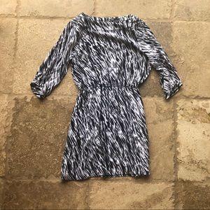 Vince NWOT Black and White Longsleeve Dress Sz XL